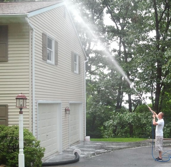 pressure wash house exterior
