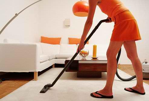 photo_of_woman_vacuuming
