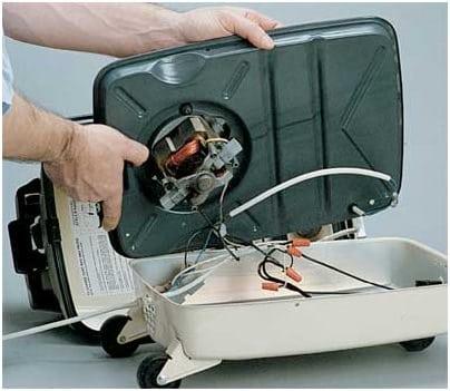vacuum cord container