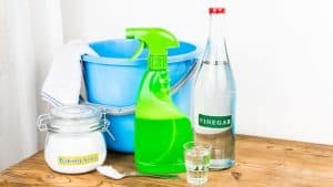 Simplify Your Cleaning Work 13 Money & Time-Saving Cleaning Hacks